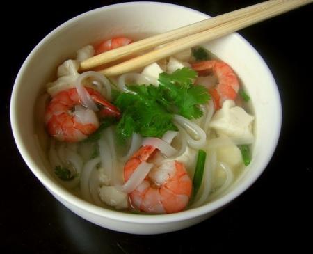 Pho aux crevettes et au tofu