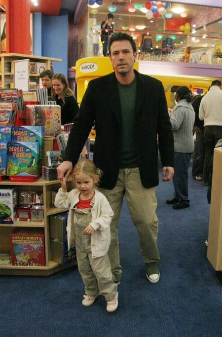 Violet Affleck and Dad Ben