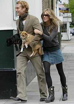 Fashion Accessoires : Jude Law and the dog