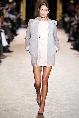 Fall 2010 Ready-to-Wear Stella McCartney Runway
